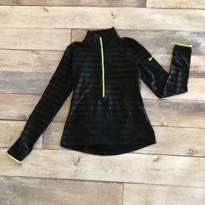 Nike PRO embossed 1/2 zip medium GUC